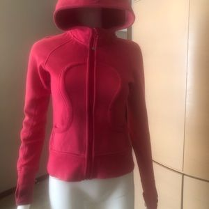 Lululemon Scuba Fitted Hoodie size 2
